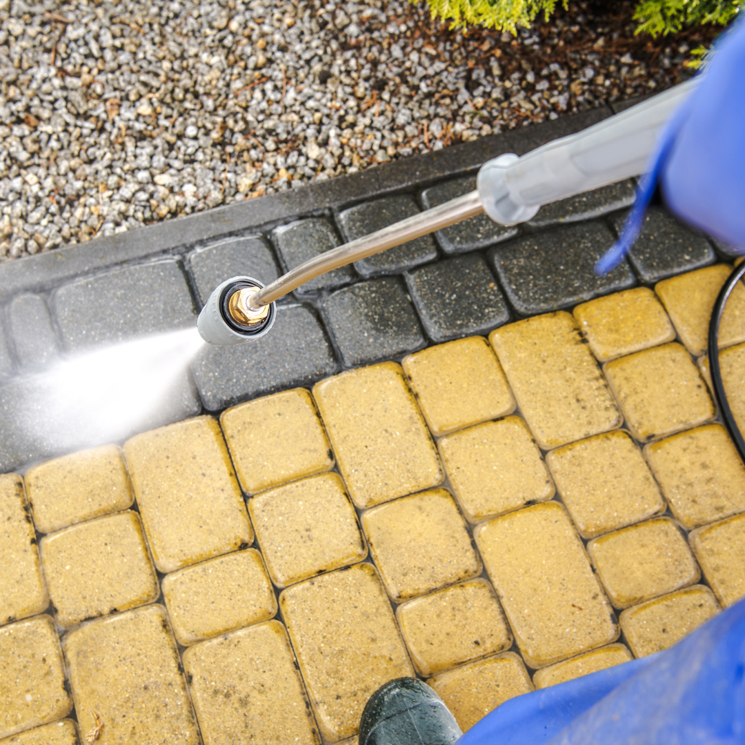 Gutter Cleaning & Power Washing
